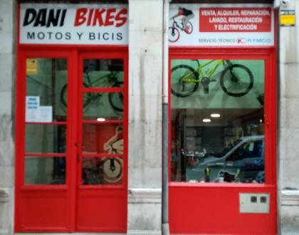 dani_bikes.jpg